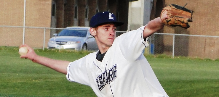 Alex Hollifield Louisville Leopards Pitcher Baseball