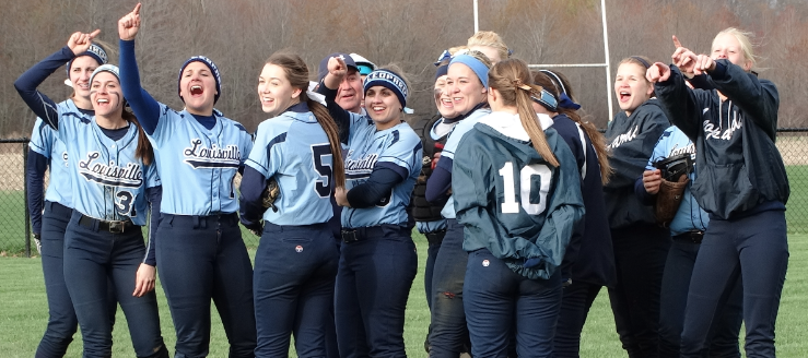 Louisville Leopards Softball Celebrates at West Branch 2015