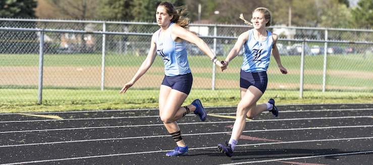 Hailey Miller Louisville Leopards Track Relay 2016